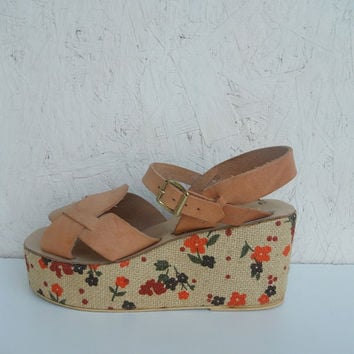 70s Leather Sandals . HIPPIE Floral Platforms . by freshlavender