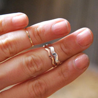 Stacked Wave Rings | Old Hollywood
