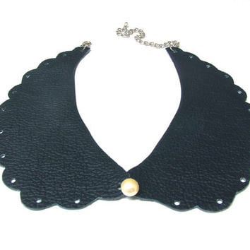 Leather Peter Pan Collar - Navy Blue and Pearl - Bib Collar Necklace
