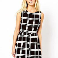 Black and White Plaid Sleeveless Chiffon Shirtwaist A-Line Mini Dress