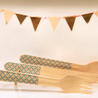 Clothed Cutlery in American Argyle - Disposable Washi-Patterned Wooden Forks, Spoons or Knives (A Dozen)