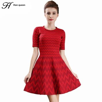 H Han Queen Spring Autumn A-Line Knee-Length Vestido Short-sleeved Women Dresses Wavy Pattern Knitted Slim Vintage Casual Dress