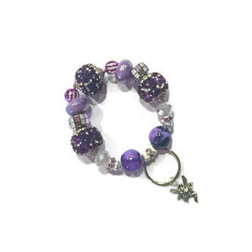 Beaded Charm Keyring - Keychain Stretch Bracelet Key Fob in Purple and Silver - Keychain Bracelet