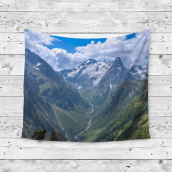 """""""Mountain Top"""" Top Of The World Wall Tapestry"""