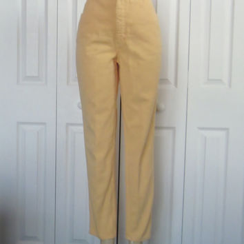 Vintage Melon High Waisted Denim Jeans Womens Size 10 Tapered Leg Mom Jeans High Waist Jeans 31 Union Made in Canada Peach Yellow