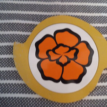 Vintage Mod Metal and Tile Pot holder ~ Hot Plate ~ Orange flower ~ Yellow white black RETRO