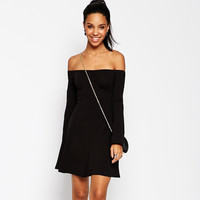 Black Off-Shoulder Sleeve Dress