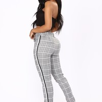 Check Me Out Plaid Pants - White/Black