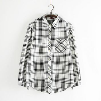 2016 Autumn New Shirt Fashion Casual Female Long Sleeve Women Plaid Blouse Turn-down Collar Tops With Button Pocket 71601