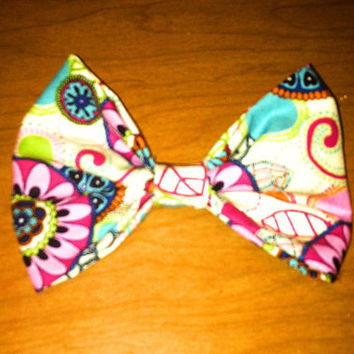 Floral Hair Bow by ShortsNBowsNSuch on Etsy