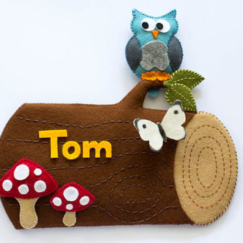 Woodland personalized childrens name sign / wall hanging. Log with owl, toadstool and butterfly