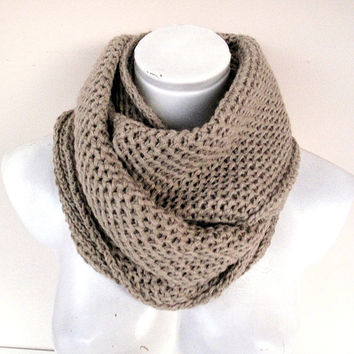 Cream lnfinity Knitted Scarf,Soft and Warm Loop Scarf, Knit Infinity Scarf,Shawl,Unisex Scarf