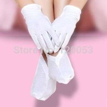 Top Class Material Dermatological Cotton Gloves, Women Hand Care Gloves, White Color