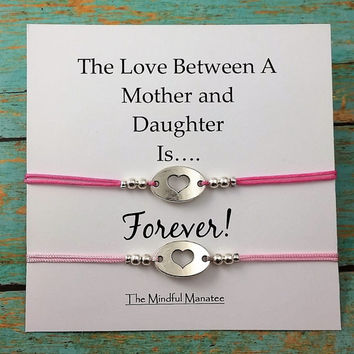 Mother and Daughter Bracelets | Matching Heart Bracelets | Gift for Mom | Gift for Daughter | Bracelet Gift Set