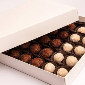 Party Box, Brigadeiro,snack party,party favor, wedding favor, birthday party, baby shower,bridal shower, party box, mother's gift, father's