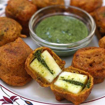 Recipes - Stuffed Paneer Pakora (A Great Party Biting)