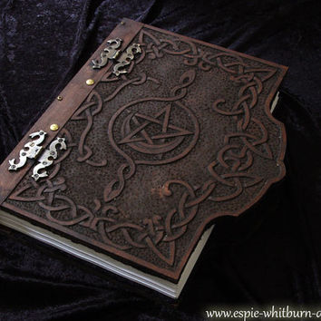 Book of Shadows / Journal / Grimoire / Spell Book / Notebook / Visual Diary / Hardcover - Carved