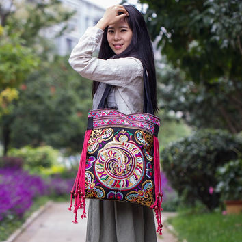 Hot Casual Tote bags!2015 New national nice embroidered shoulder bags handmade embroidery ethnic clothshoulder bag handbags