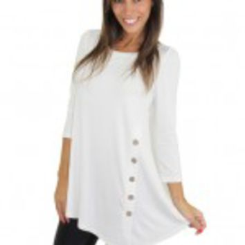 Ivory Top With ¾ Sleeves