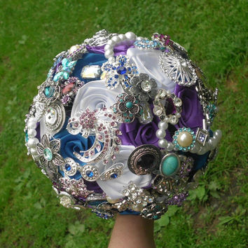 Brooch Bouquet, Roses, Wedding, Custom Colors, Rhinestone, Jewelry, Alternative, Vintage, Bridal,  Broche Bouquet, Pearls, Blue, Purple