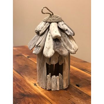 Round Driftwood Birdhouse with Jute Roof Design -- 10-in