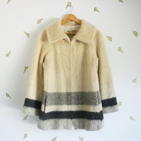 vintage 70s womens icelandic coat / wool jacket / striped / blanket / scandinavian / fall + winter / large