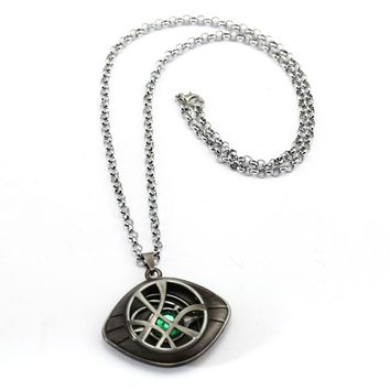 Doctor Strange Necklace Crystal Eye of Agamotto Pendant Fashion Necklaces Gift Jewelry Accessories