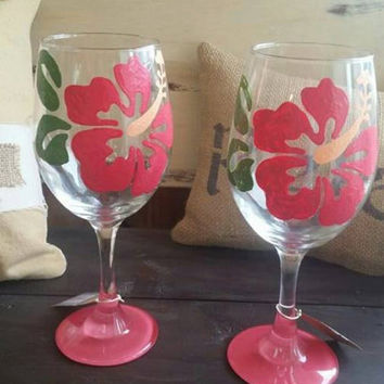 Mother's Day Gift, Flower Wine Glass, Hibiscus Flower Gifts, Wine Glass, Hibiscus Hawaiian Wine Glass, Tropical Wine Glass, Caribbean Glass