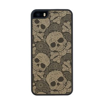 Sugar Skull Crossbones Pattern Wood iPhone SE/5/5s Case