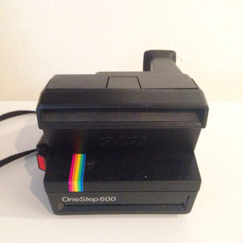 Polaroid One Step 600 Camera |  One Step Instant Photo Camera with Light Management | Instant Camera
