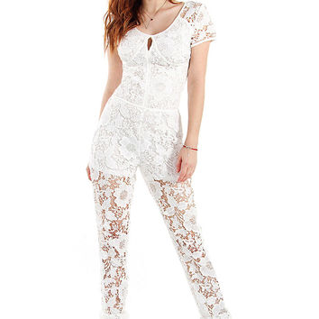 WHITE IN STYLE LACE JUMPSUIT