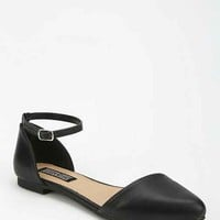 Deena & Ozzy Ankle-Strap D'Orsay Flat- Black 9