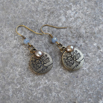 Tree of life earrings with genuine freshwater pearls