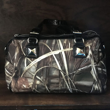 Realtree Max 4 Studded Handbag