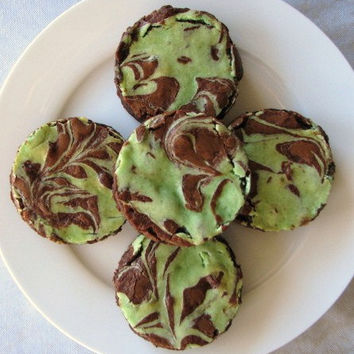 Creme De Menthe Cheesecake Brownie Rounds 6 Brownie Rounds - Q's GOODIES