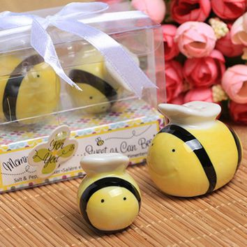 2pcs/set Party Wedding Gifts For Guests Ceramic Bee Salt & Pepper Shakers