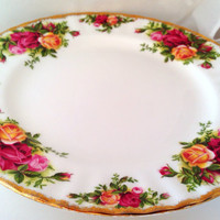 Old Country Roses Royal Albert English Fine Bone China Vintage Salad Plate - Antique Damask style rose pattern - burgundy, pink