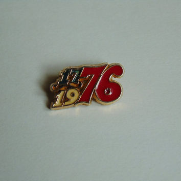 Vintage 1776-1976 Bicentennial Brooch Red White and Blue, Enameled Gold Tone Brooch Lapel Pin Tie Tack Back