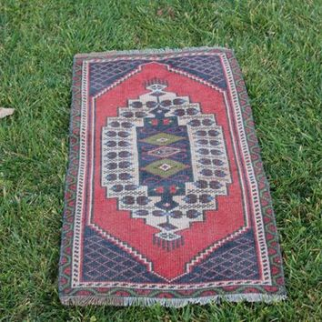 Traditional Handmade Small Moroccan Style Rug, Floor Area Wool Pastel Red Vintage Small Rug, 1.6 x 3.5 Feet  AG900