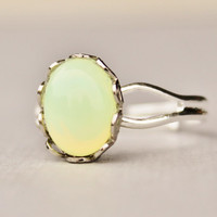 Vintage Yellow Opal Ring,Adjustable Silver Opal Ring,Vintage Swarovski Yellow Opal Cabochon,Moonstone,Pale Yellow,Pastel,Gift For Her,Uniqu
