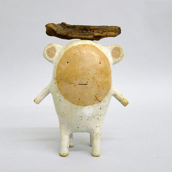 Small ceramic sculpture called Standing  Moute # 372
