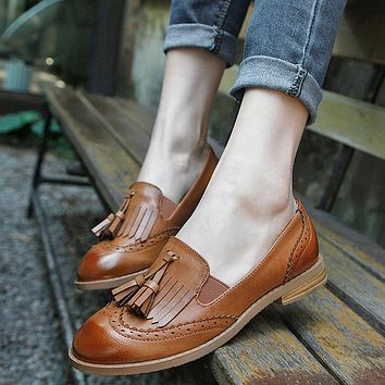 Teahoo 2017 Slip on Women Oxfords Tassels Oxford Shoes for Women Round Toe Flats Loafers Handmade Leahter Brogues Shoes Woman
