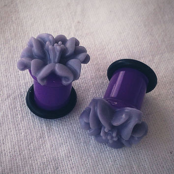 6g 4mm Plugs Purple Lily Flower gauge piercing by Glamsquared