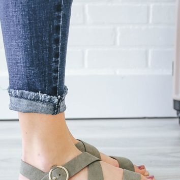 FRESH PERSPECTIVE SANDALS