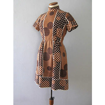 polka dot dress - vintage 60s Estelle Allardale brown white mock turtleneck short sleeve knee length mod knit fit and flare circle print med