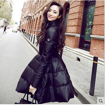 Winter warm coats women's overcoats long sections warm thick white duck down jacket style European American models ladies S951