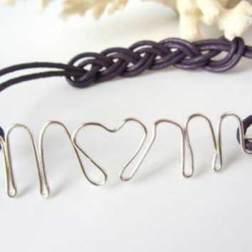 Love Mom Bracelet Wire Word Mom with Heart Letter Silver Plated Wire Purple Leather Braid Knot Gift for Mom Christmas New Mother Thank You