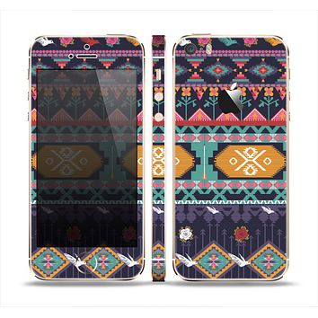 The Vector Purple and Colored Aztec pattern V4 Skin Set for the Apple iPhone 5s