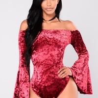 Shaina Bell Sleeve Off The Shoulder Bodysuit - Burgundy