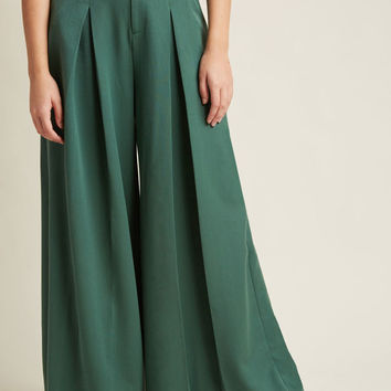 Proper Presentation Wide-Leg Pants in Pine